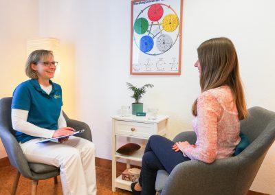 Heilpraktikerin Britta Kwas Patientengespräch